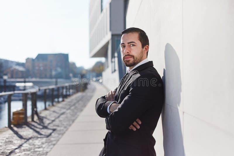 Самоуверенный предприниматель как start-up основатель стоковая фотография