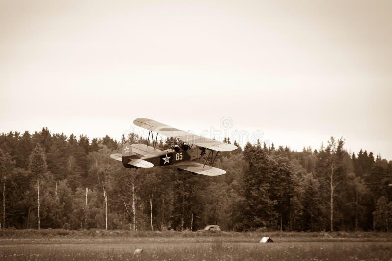 Самолет-биплан Polikarpov Po-2, воздушные судн WW2 стоковые изображения