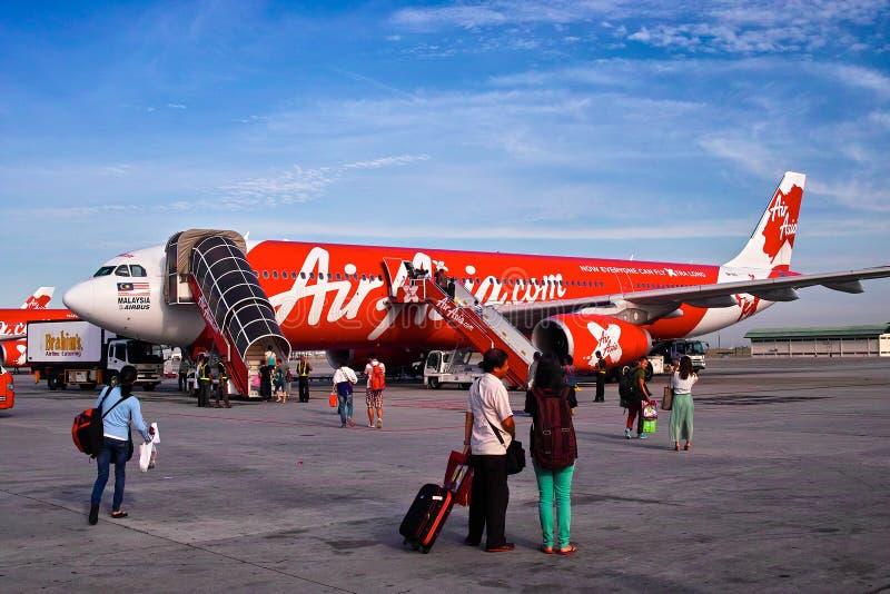 Самолет Air Asia стоковые фотографии rf