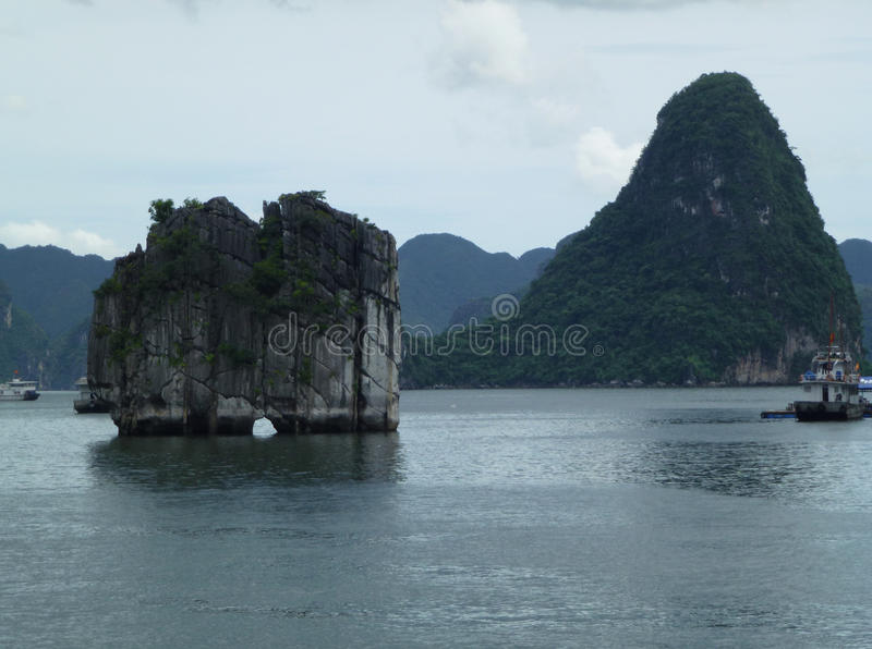 Самый известный остров в заливе Ha длинном стоковая фотография