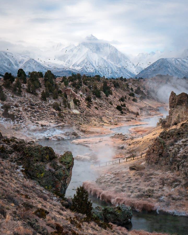 Самый лучший взгляд места горячей заводи геологохимического стоковые изображения