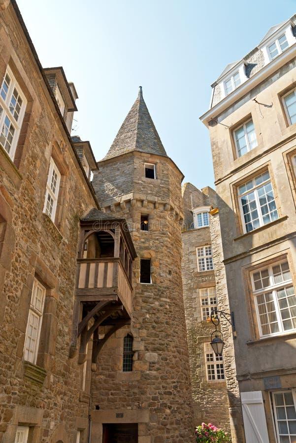 Самый старый дом с балконом Святого Malo brittani стоковое фото