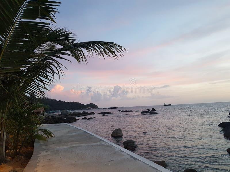 Самый лучший восход солнца праздника Таиланда kohtao взгляда стоковые фотографии rf
