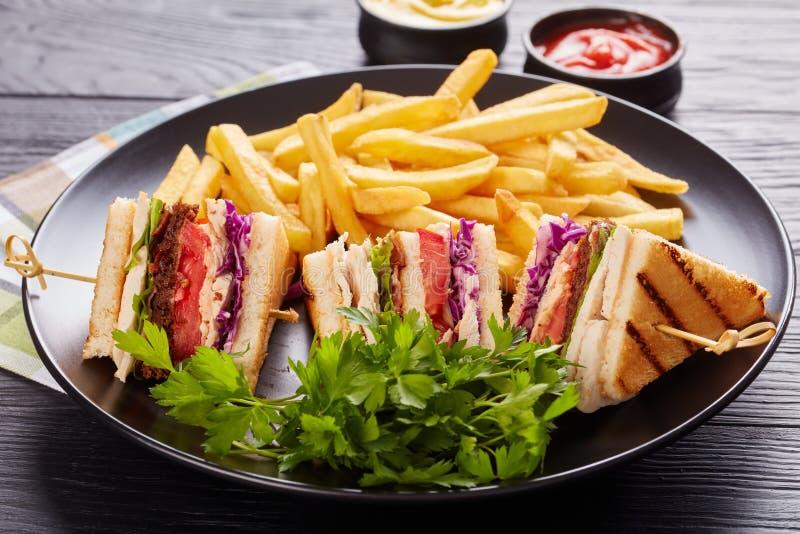 Сандвичи клуба с мясом индюка, концом вверх стоковое изображение
