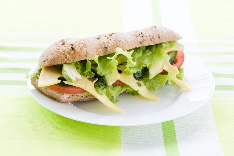 Сандвич фитнеса с авокадоом и сыром стоковое фото rf