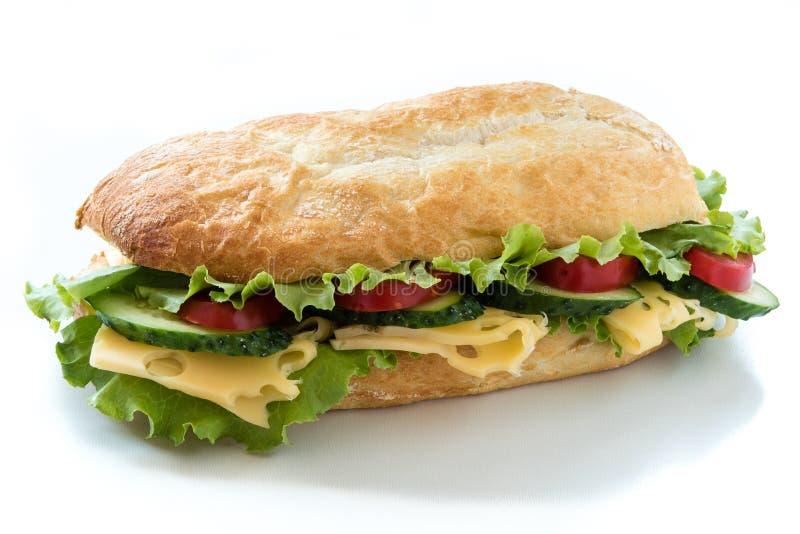 Сандвич Ciabatta с салатом, томатом, огурцом и сыром стоковые фотографии rf