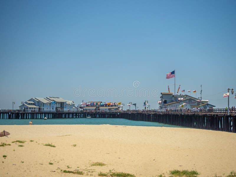 Санта-Барбара, Калифорния, США: центральные побережье, пляж Тихого океана, турист и назначение курорта стоковое изображение