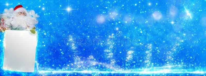Санта Клаус с wishlist, поздравительной открыткой рождества, знаменем стоковые изображения
