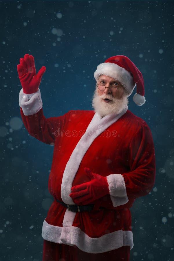 Санта Клаус с большим животом стоковая фотография