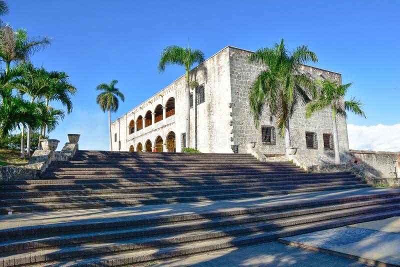 Санто Доминго, Доминиканская Республика Alcazar de Двоеточие (дом) Diego Колумбуса, испанский квадрат стоковая фотография