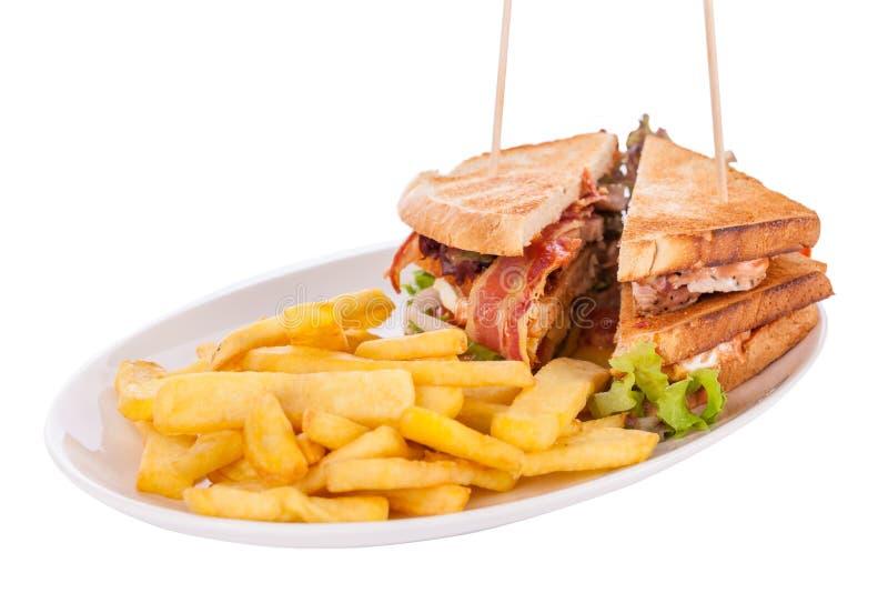 Сандвич клуба с фраями картошки французскими стоковые фотографии rf