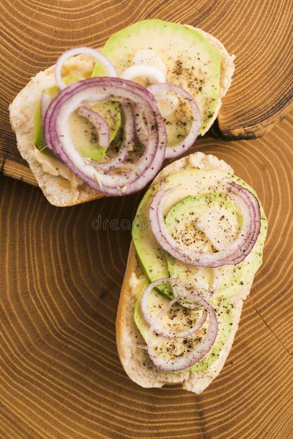 Сандвич с авокадоом стоковые фотографии rf