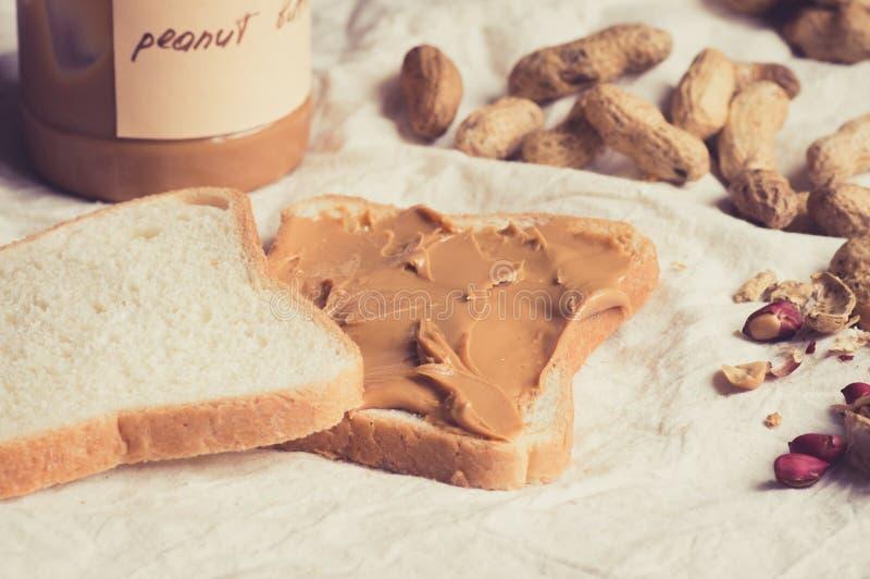 Сандвич с арахисовым маслом стоковые изображения rf
