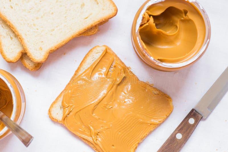 Сандвич с арахисовым маслом стоковые фото