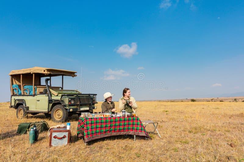 Сафари семьи стоковое изображение