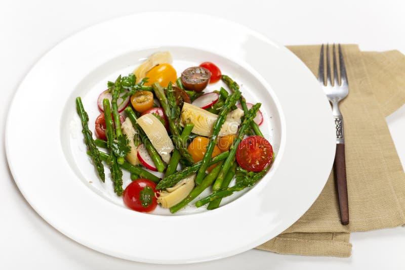Салат с спаржей стоковое изображение rf