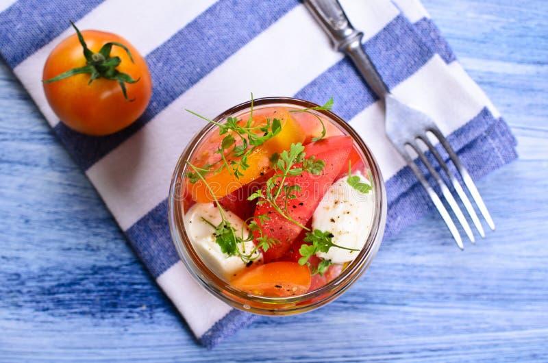 Салат томатов стоковое изображение rf