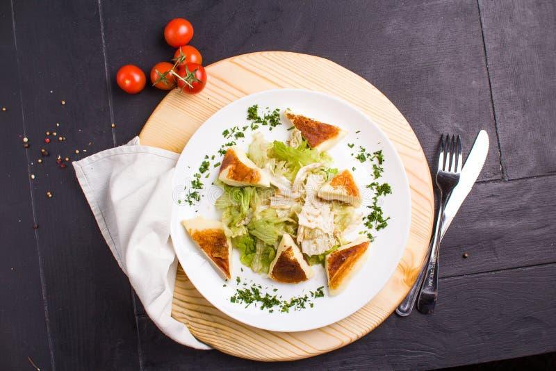 Салат Vegeterian с зажаренным сыром стоковое изображение