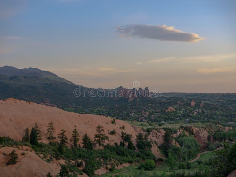 Сад богов от красного цвета трясет открытое пространство каньона стоковая фотография
