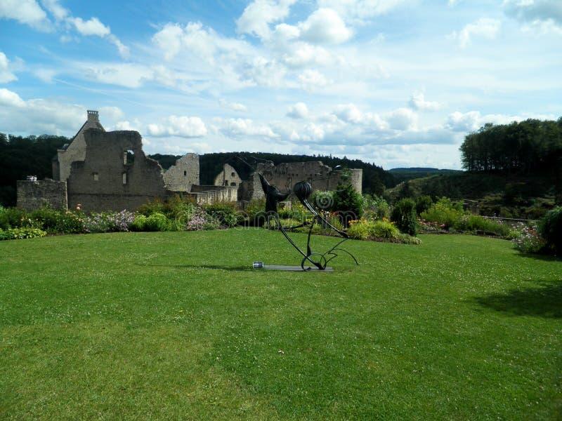 Сад замка Larochette, город Люксембурга, Люксембург стоковое изображение rf