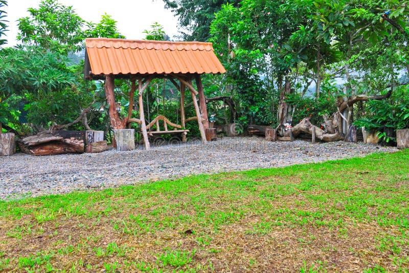 Download Сад и укрытие стоковое фото. изображение насчитывающей ярд - 40577860