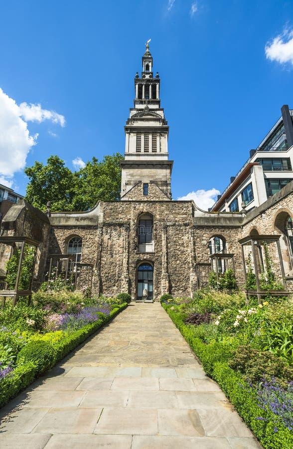 Download Сад Крайстчёрча Greyfriars в Лондоне Стоковое Изображение - изображение насчитывающей взгляд, daylight: 41659241