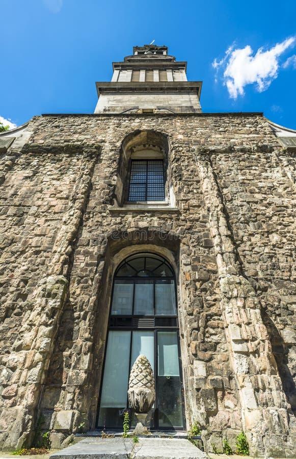 Download Сад Крайстчёрча Greyfriars в Лондоне Стоковое Фото - изображение насчитывающей церковь, трава: 41659250