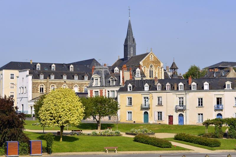 Сад на Château-Gontier в Франции стоковое изображение rf