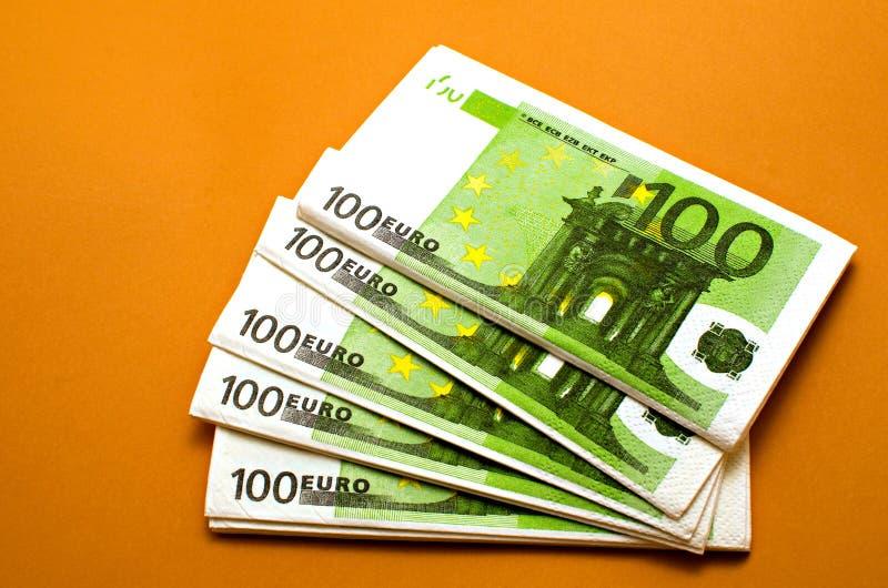 Салфетки 100 евро стоковое фото