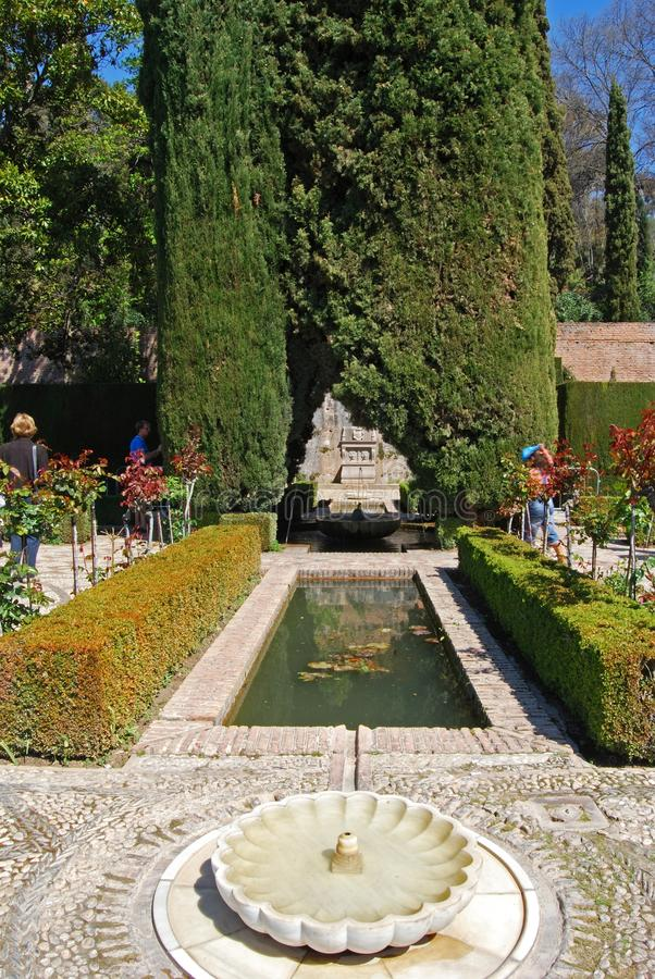 Сады Generalife, дворец Альгамбра стоковое фото rf