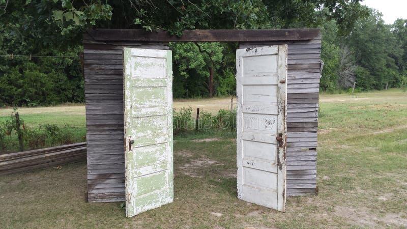 сбор винограда дверей старый стоковая фотография