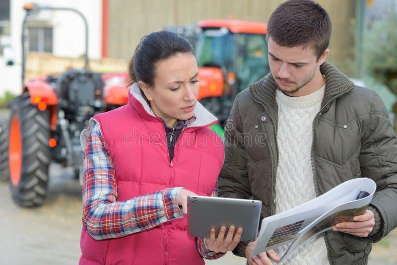 Сбор планирования фермера порции Agronomist стоковое фото rf