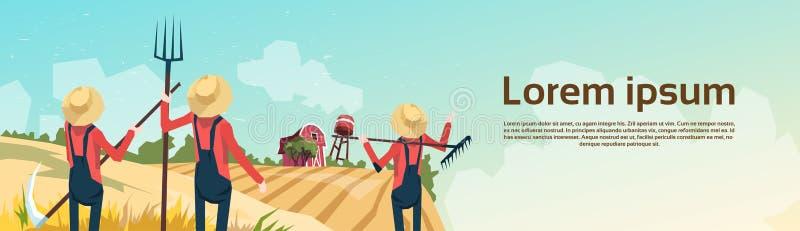 Сбор пшеницы группы фермера, ландшафт сельской местности обрабатываемой земли бесплатная иллюстрация