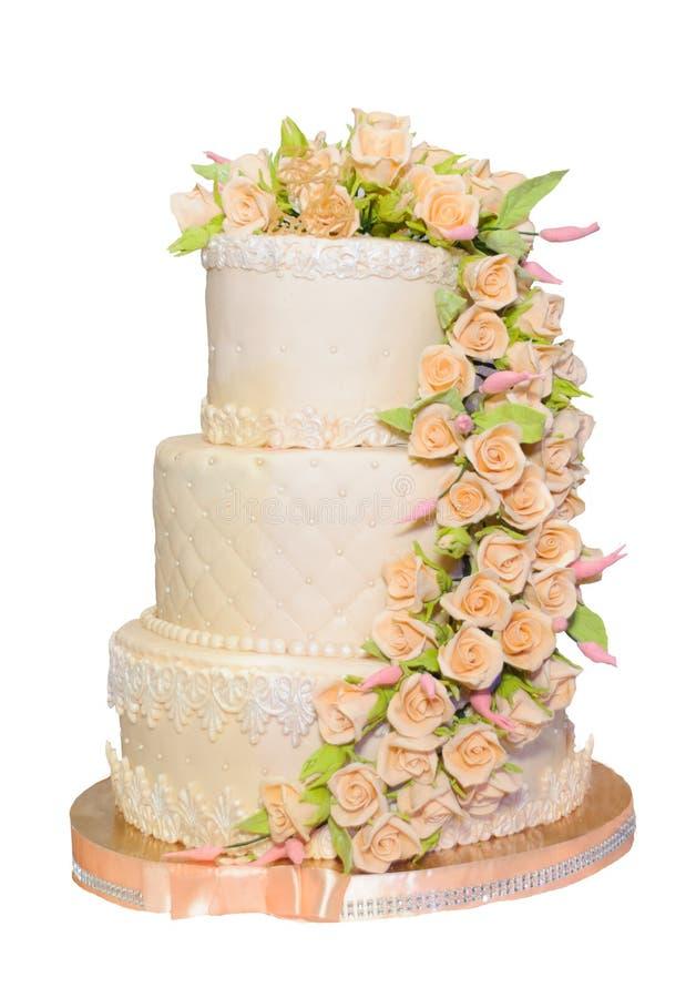 Свадебный пирог в цвете коралла стоковое изображение rf