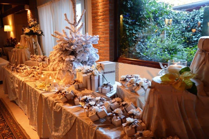 Свадьба благоволит к таблице стоковое изображение rf
