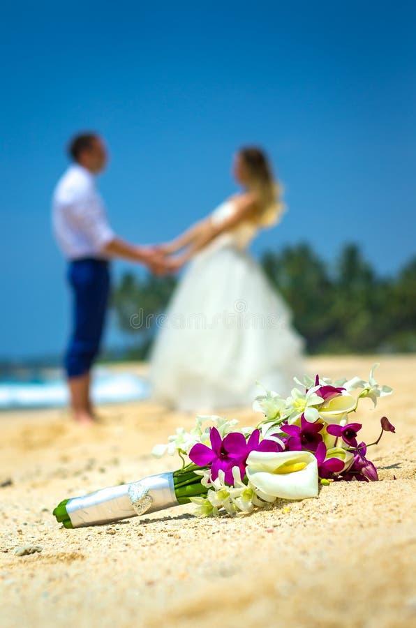Свадьба пар на стоковые фото