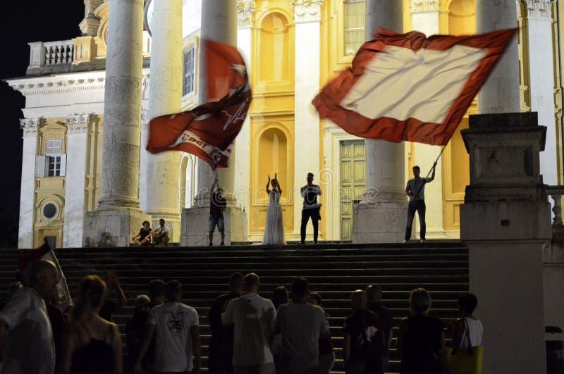 Свадьба с вентиляторами футбола Турин стоковое изображение rf