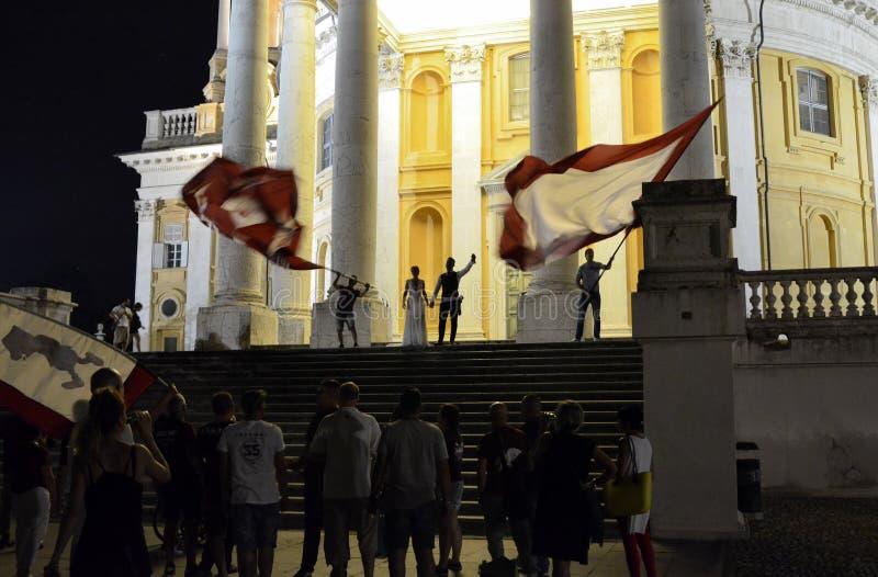 Свадьба с вентиляторами футбола Турин стоковое изображение