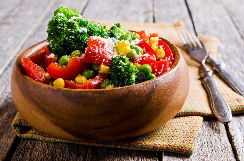 Сваренные красочные овощи стоковые изображения rf