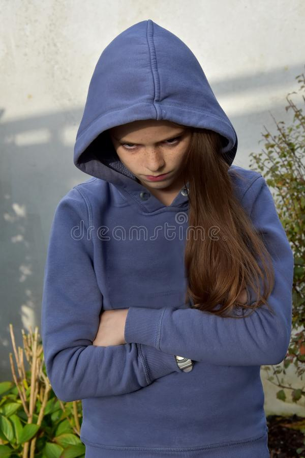 Сварливый девочка-подросток стоковые изображения rf