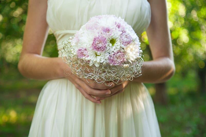 Download Свадьба лета стоковое изображение. изображение насчитывающей цветки - 41651039