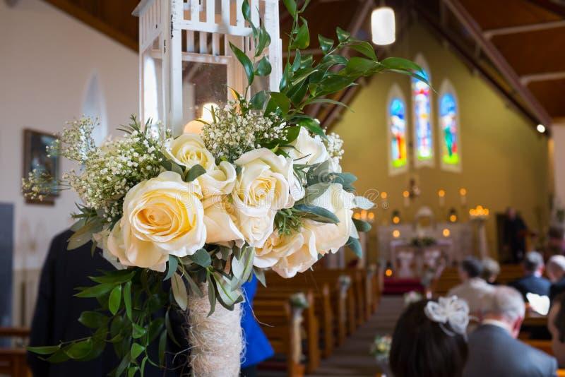 Свадьба настроенная в церков. Ирландия стоковое изображение
