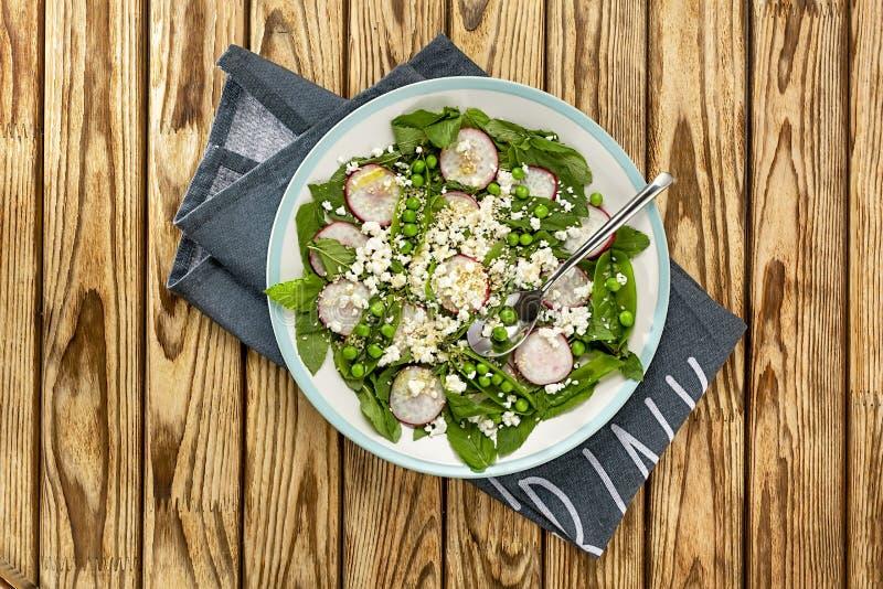 Свежее вкусное, меню, вегетарианец, vegan, среднеземноморской, shutterstock, плод дракона, ресторан, плита, салат овоща, обедающи стоковое изображение rf