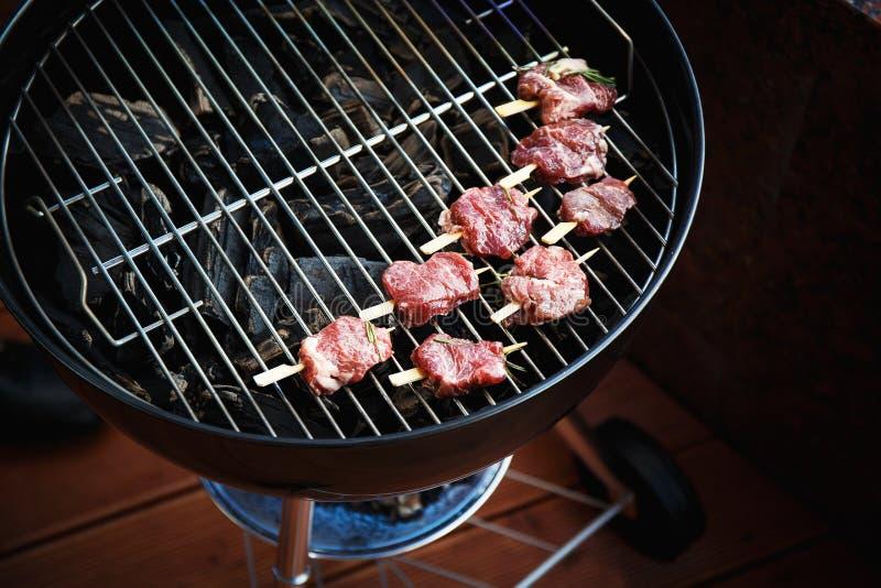 свежее мясо решетки стоковое фото rf