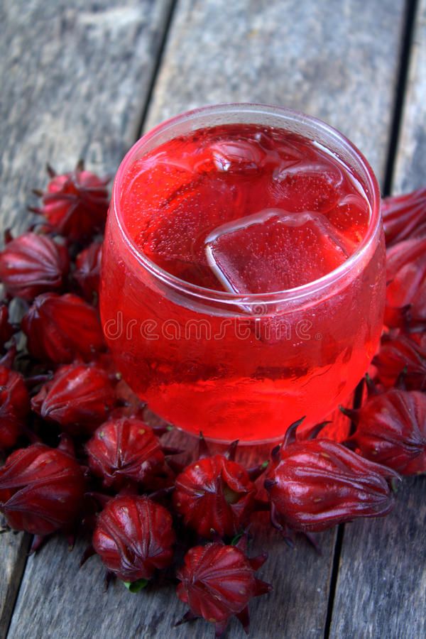 Свежее питье от Rosella или плодоовощ roselle стоковые изображения