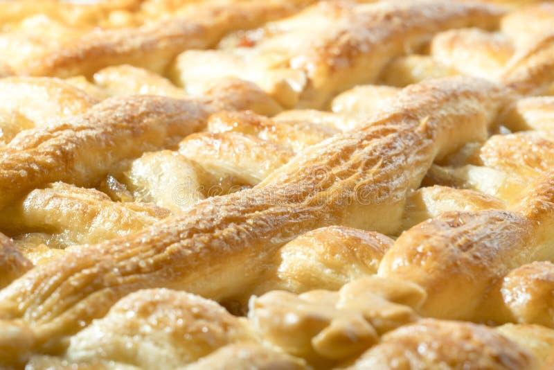 Свеже испеченный торт с вареньем яблока стоковая фотография rf