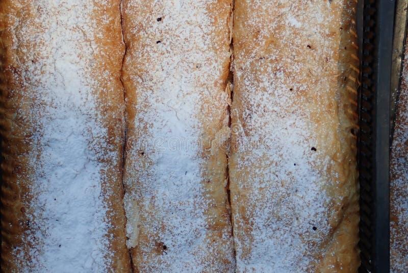 Свежие вкусные домодельные продукты хлебопекарни стоковое изображение