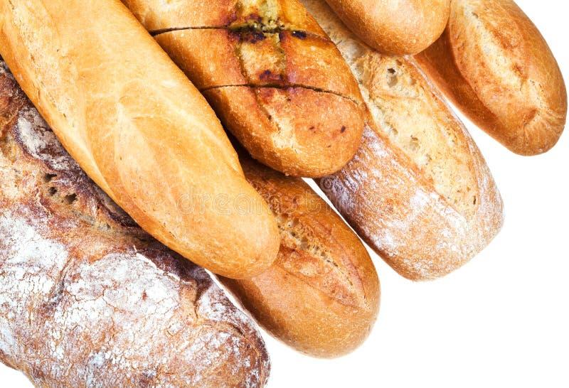 Свежие испеченные хлебцы хлеба стоковая фотография