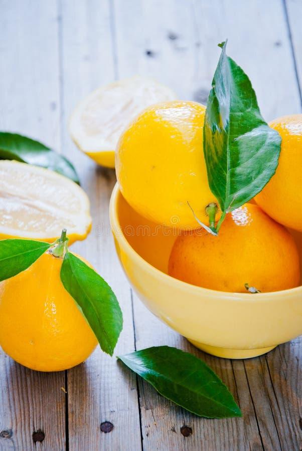 свежие лимоны органические стоковое фото rf