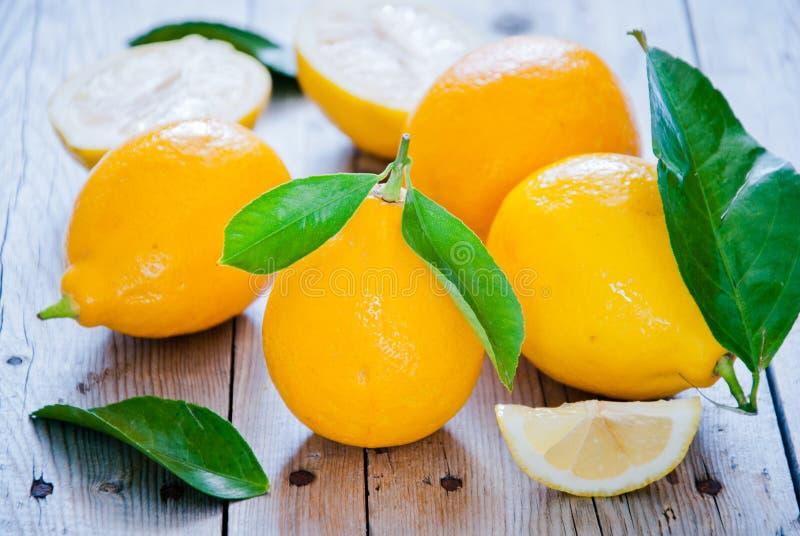 свежие лимоны органические стоковое фото